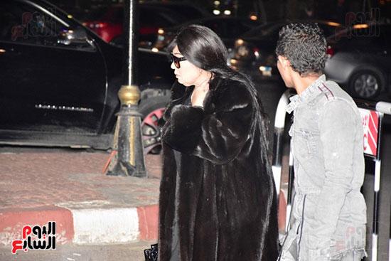 عزاء زوج شقيقة محمد منير (16)