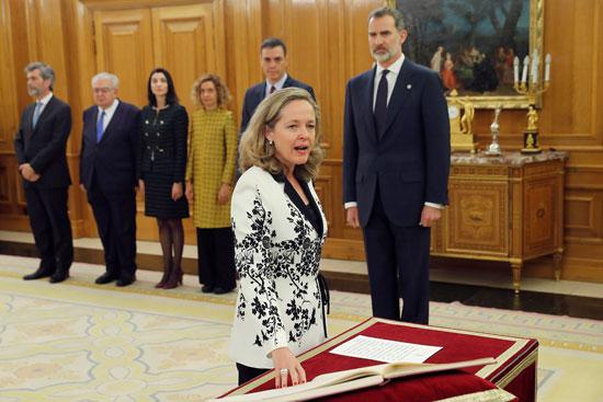 نائبة-رئيس-الوزراء-الأسبانى-للشؤون-الاقتصادية-نادية-كالفينو