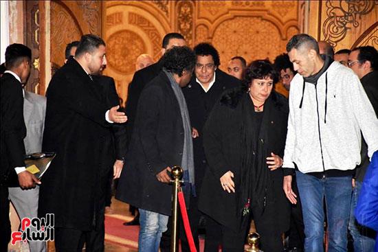 عزاء زوج شقيقة محمد منير (7)