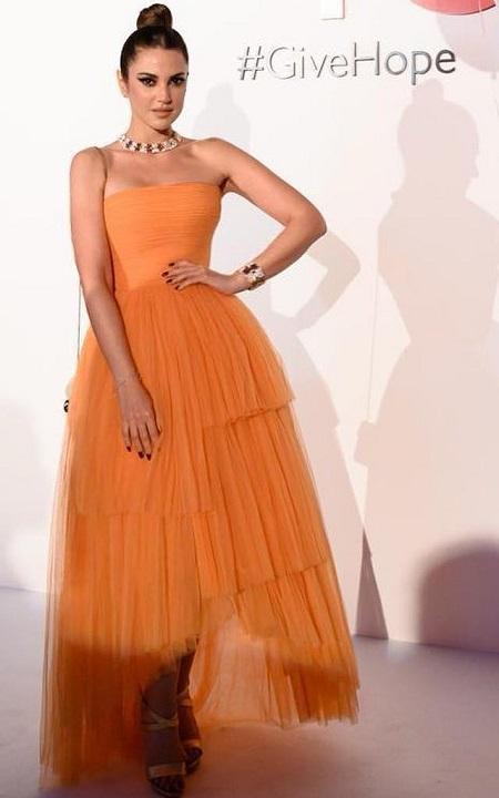 فستان برتقالى ميدى