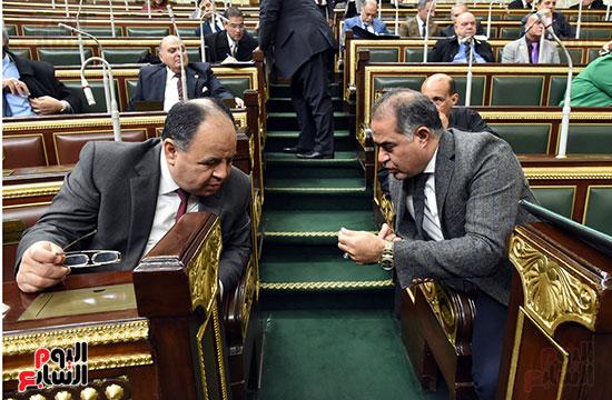 محمد معيط مع وكيل البرلمان