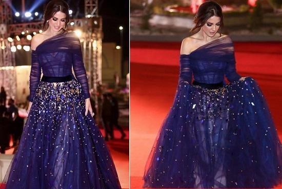 فستان أزرق كلاسيكى