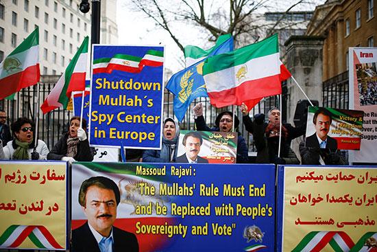 مظاهرة فى بريطانيا لدعم احتجاجات إيران