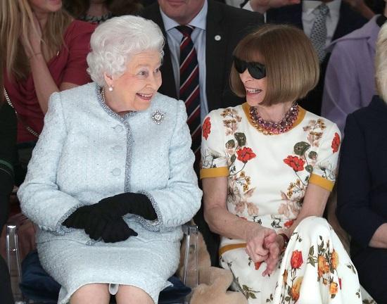 الملكة إليزابيث وانا وينتور