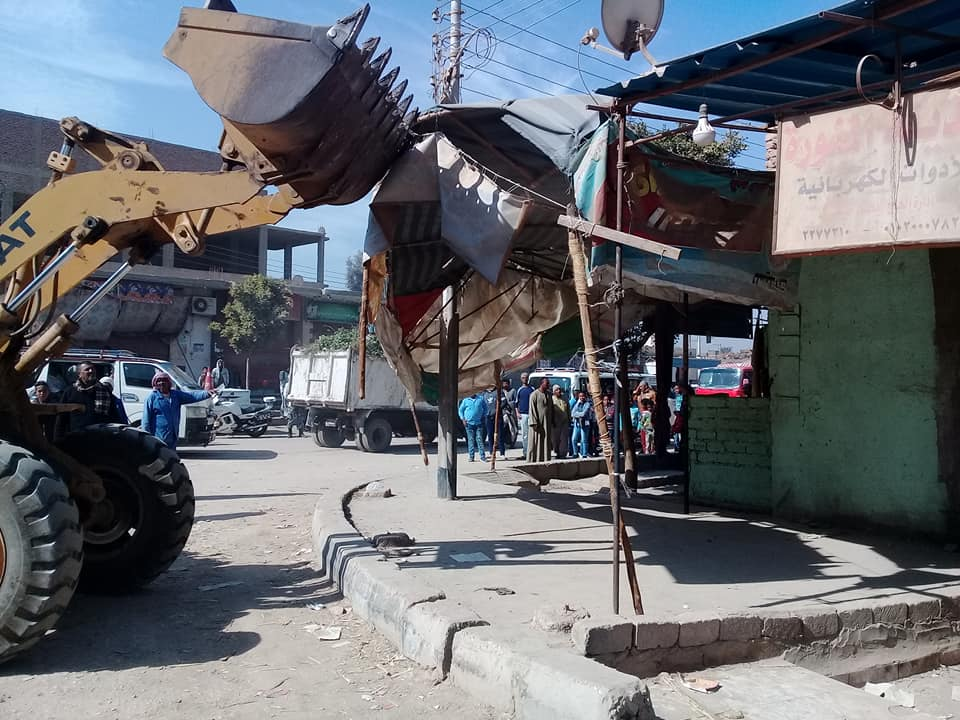 تحرير 16 محضر إشغال وإزالة 80 طن تراكمات ومخلفات في حملة بشوارع البياضية (1)