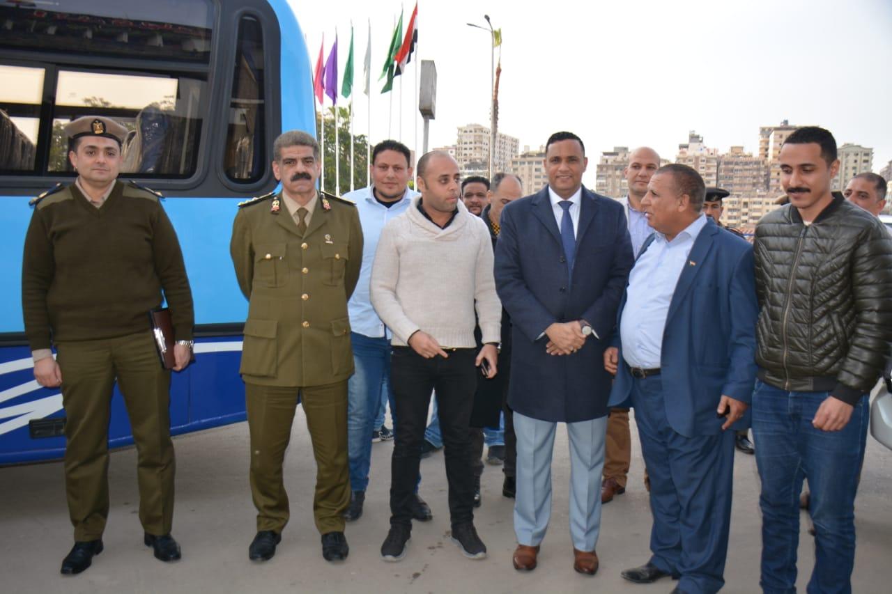 أتوبيسات نقل مميز جديدة ومكيفة لتشغيلها فى مدينة المنصورة (3)