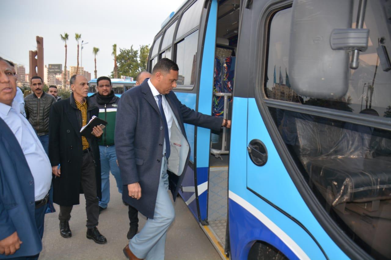 أتوبيسات نقل مميز جديدة ومكيفة لتشغيلها فى مدينة المنصورة (6)
