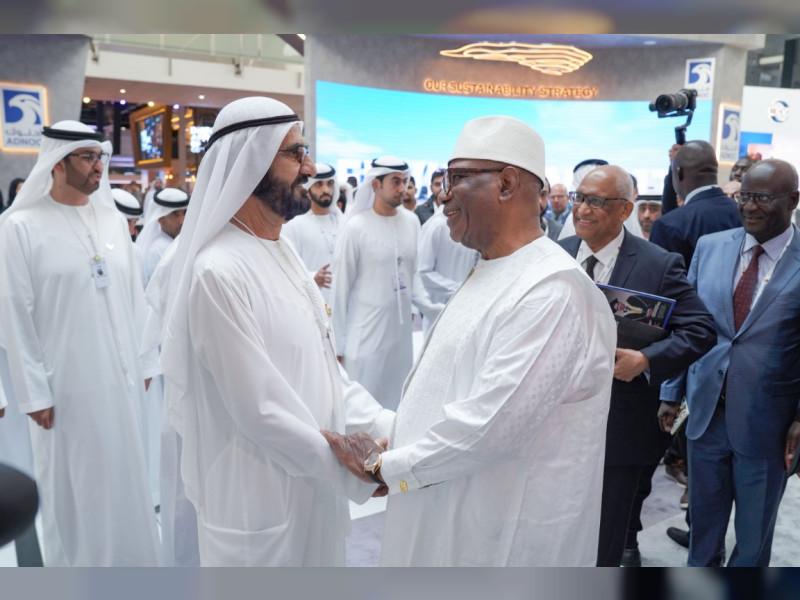 محمد بن راشد ورئيس مالى