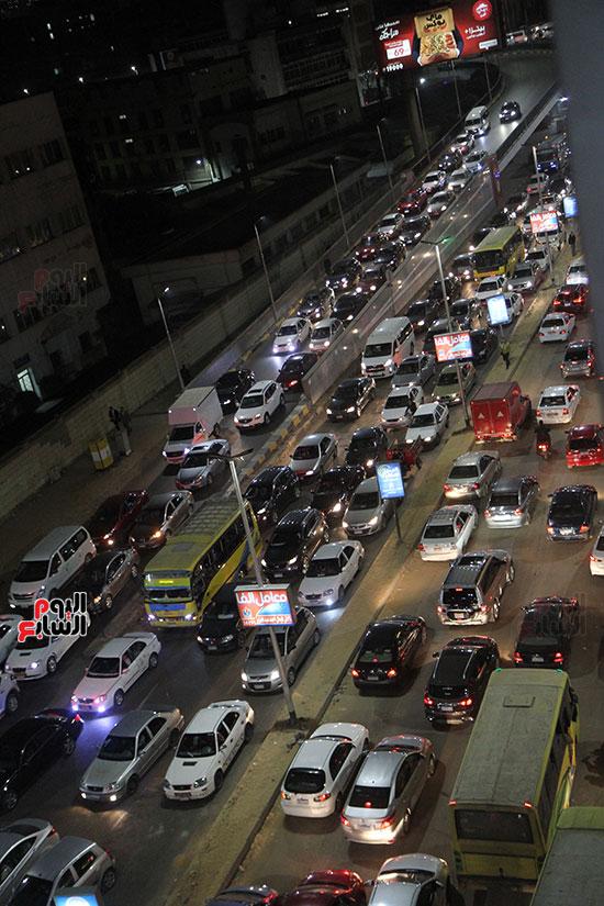 زحام مرورى فى محيط شارع البطل أحمد عبد العزيز (1)