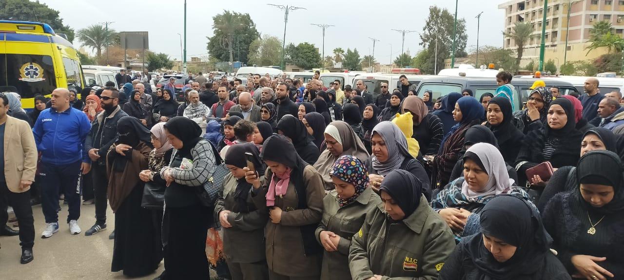 جنازة نجل رئيسة المجلس القومى للمرأة (7)