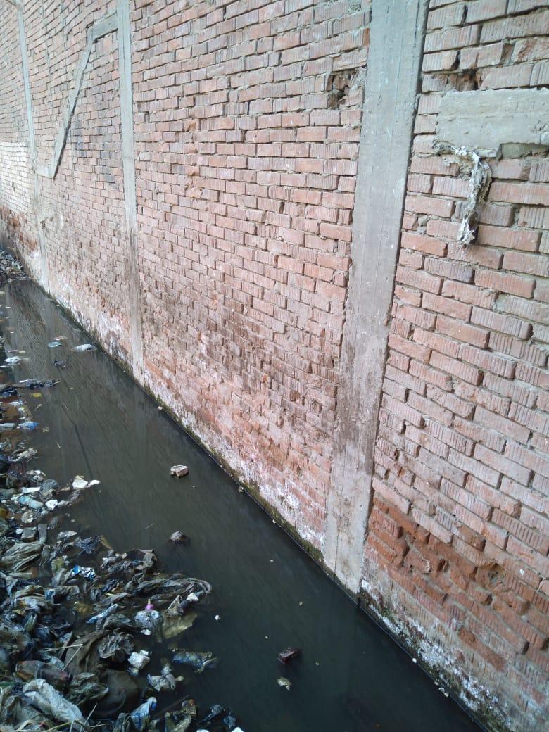 ماسورة مياه الصرف الصحى