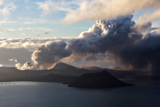 البركان-تال-يثير-المخاوف-فى-الفلبين