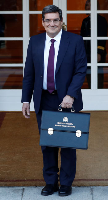 وزير-الهجرة-الأسبانى