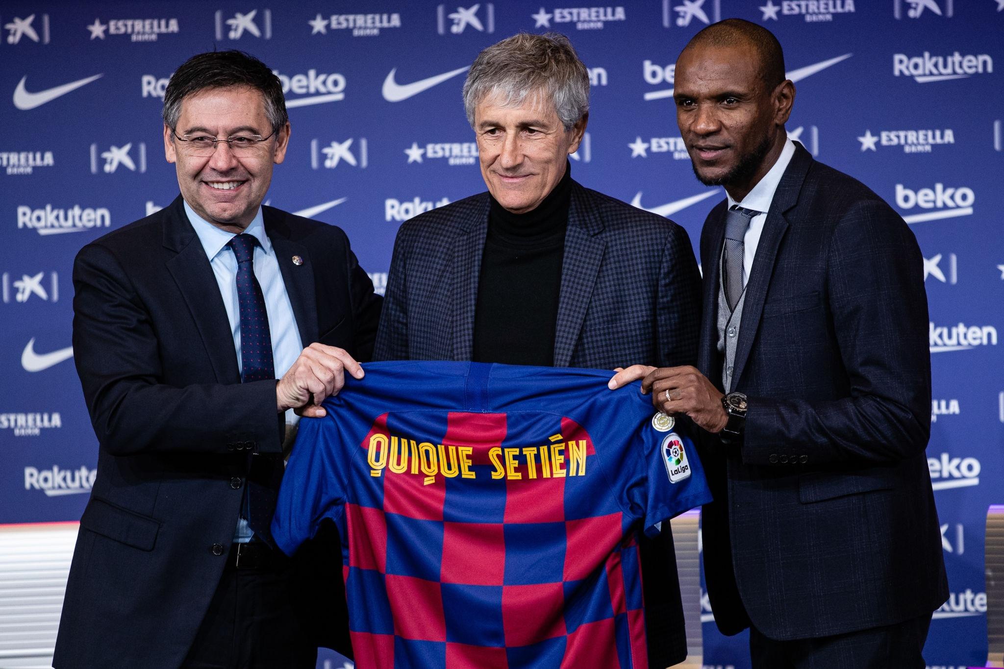 كيكي سيتين مدرب برشلونة الجديد بقميص البلوجرانا
