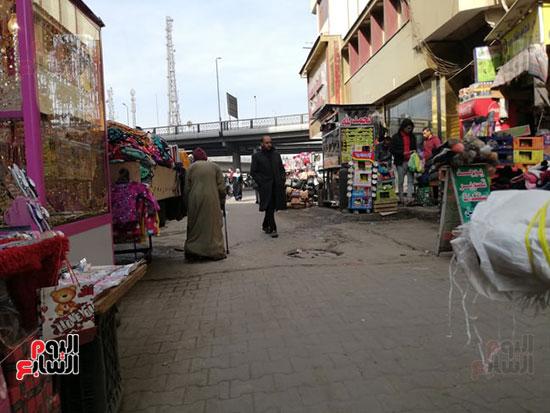 انتشار الباعة الجائلين بشوراع محافظة الجيزة  (7)