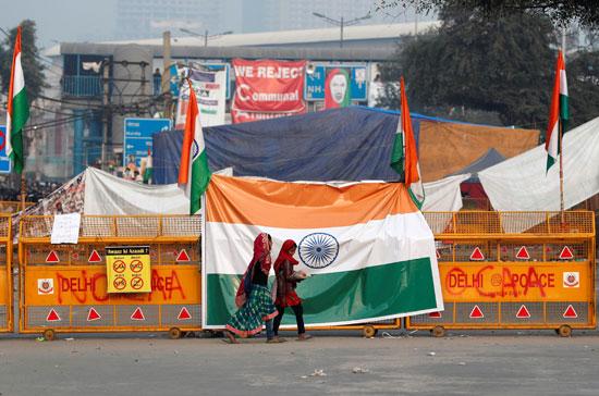 أعلام-الهند-تتصدر-المشهد