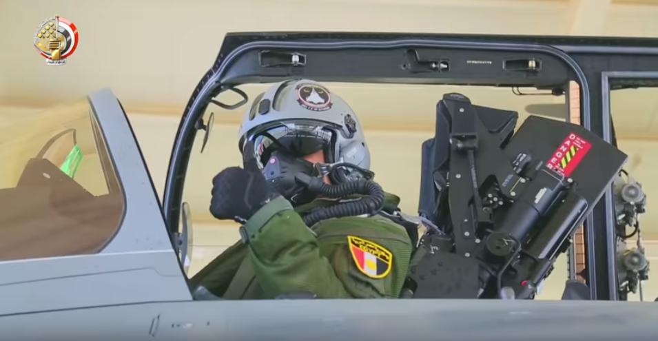 أحد أبطال الجيش المصرى بالقوات الجوية