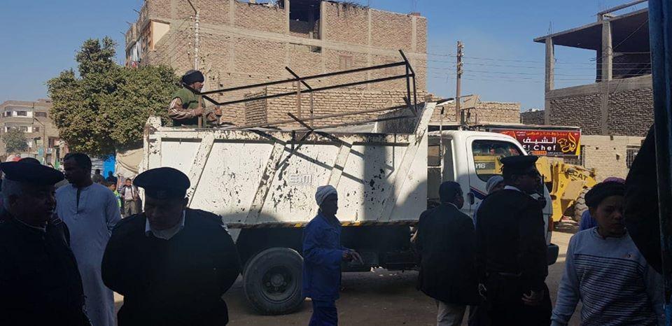 تحرير 16 محضر إشغال وإزالة 80 طن تراكمات ومخلفات في حملة بشوارع البياضية (3)