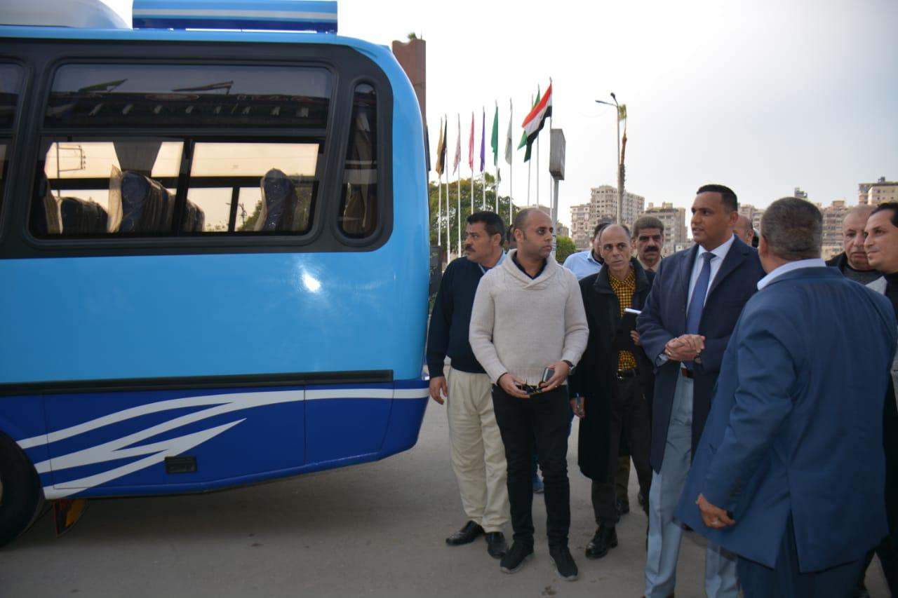 أتوبيسات نقل مميز جديدة ومكيفة لتشغيلها فى مدينة المنصورة (2)