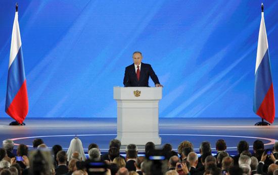 خلال-كلمة-الرئيس-الروسى-بالبرلمان