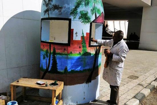 شباب التعليم الفنى بأسيوط يحولون أكشاك الكهرباء إلى لوحات فنية (3)