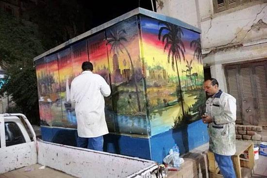 شباب التعليم الفنى بأسيوط يحولون أكشاك الكهرباء إلى لوحات فنية (10)
