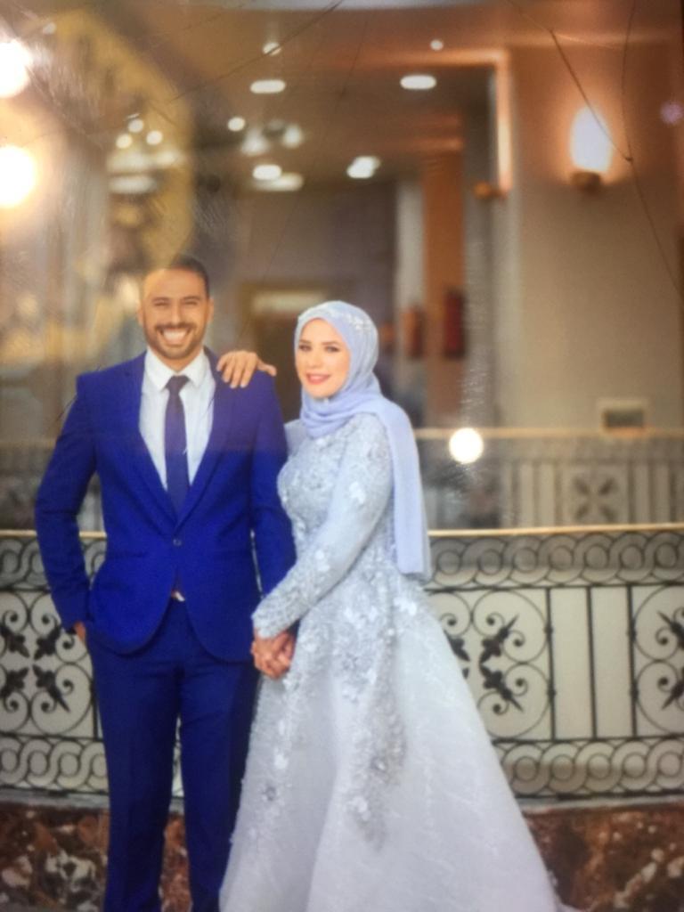 شهيد الشهامة وزوجته (4)