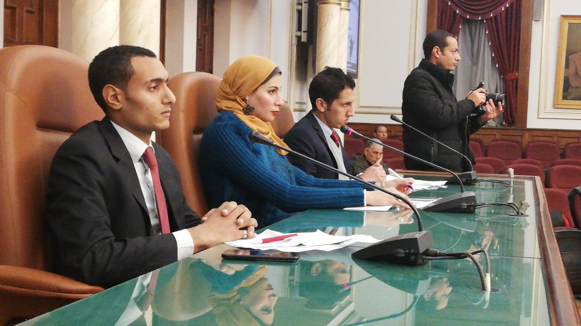 لقاء محافظ القاهرة بالشباب (4)