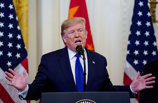 يتحدث الرئيس ترامب قبل توقيع المرحلة الأولى من اتفاقية التجارة بين الولايات المتحدة والصين