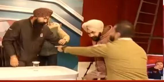الشرطة الهندية تعتقل الشاب بعد اعترافه بجريمته