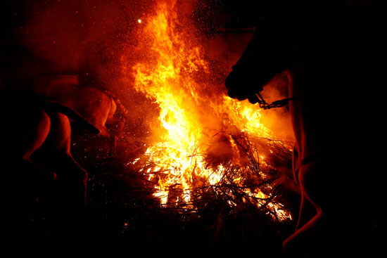 النيران تهيمن على المهرجان السنوى فى إسبانيا