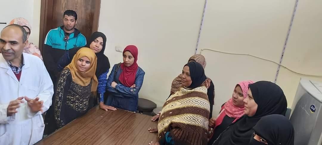 تدريب سيدات قرية المنيرة بالوادى الجديد على صناعة منتجات الألبان (4)