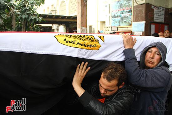 جنازة الفنانة ماجدة (33)