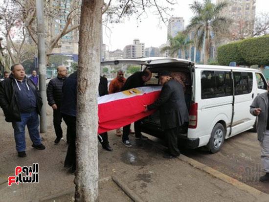 وصول جثمان الفنانة ماجدة (4)