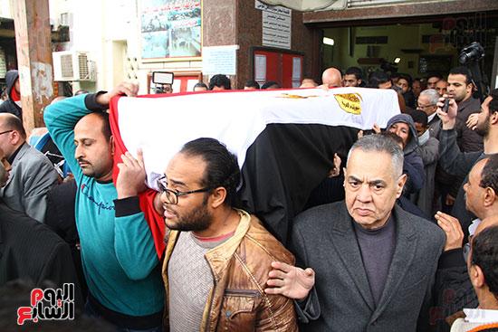 جنازة الفنانة ماجدة (29)