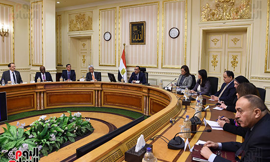 رئيس الوزراء يتابع موقف تأثيث مقار الوزارات بالعاصمة الإدارية  (5)