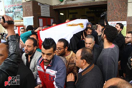 جنازة الفنانة ماجدة (26)