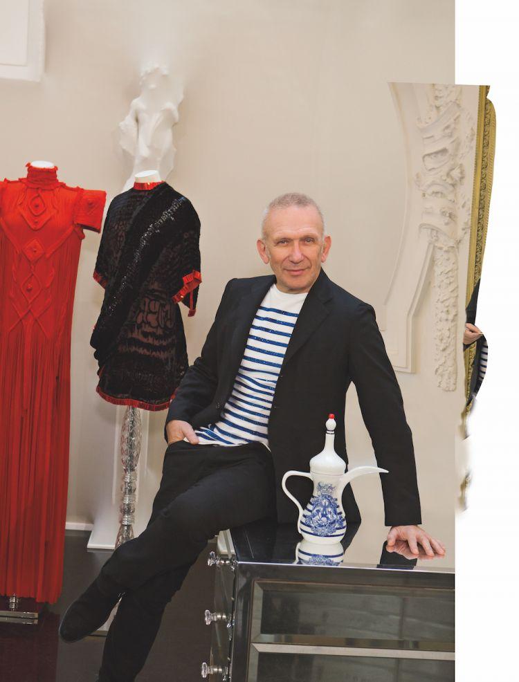 مصمم الأزياء الفرنسى جان بول غوتييه