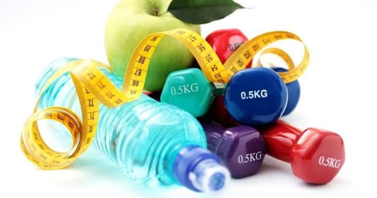 يوصى دائما بممارسة التمارين الرياضية وتناول الغذاء الصحى عن خفض الوزن