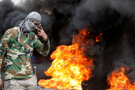 متظاهر-عراقى