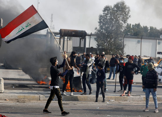 المتظاهرون-العراقيون