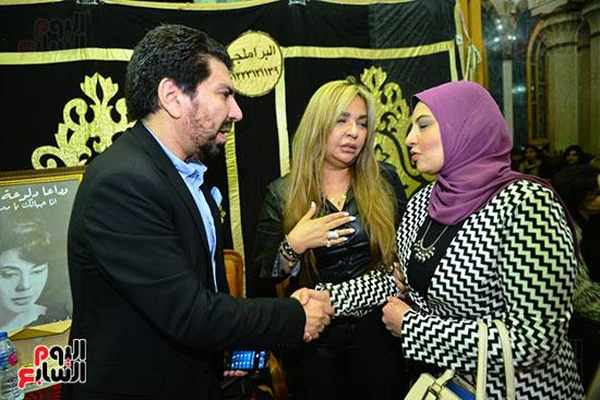 الكاتبة الصحفية زينب عبداللاه