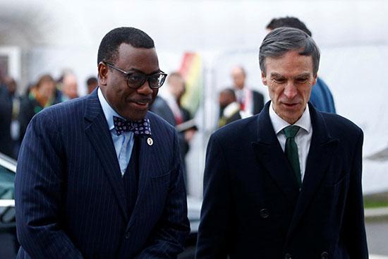 رئيس بنك التنمية الإفريقي أكين أديسينا يصل إلى قمة الاستثمار البريطانية البريطانية في لندن
