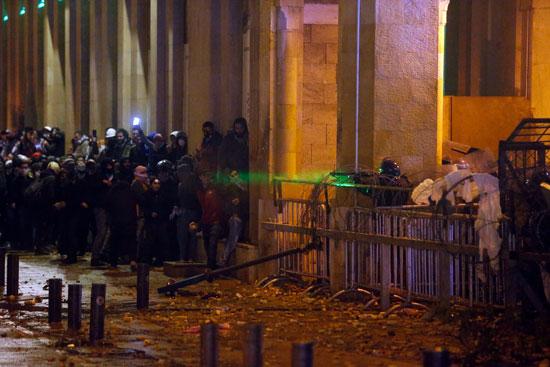 جانب من أعمال العنف فى بيروت