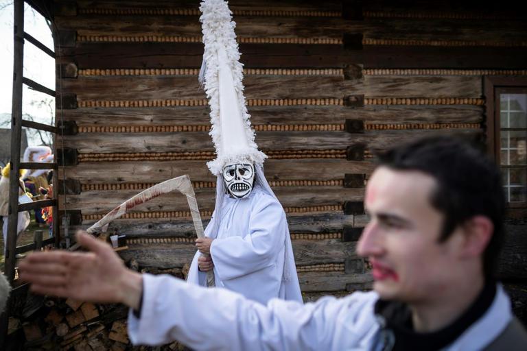 الموت ضيف بولندا فى احتفالات العام الجديد