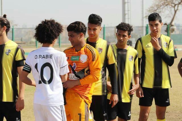 فارس مع فريق المقاولون