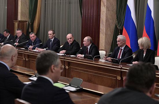 اجتماع الحكومة الروسية الجديدة بحضور الرئيس بوتين