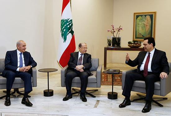 رئيس الوزراء المكلف حسن دياب يلتقي بالرئيس اللبناني ميشال عون ورئيس البرلمان اللبناني نبيه بري في القصر الرئاسي