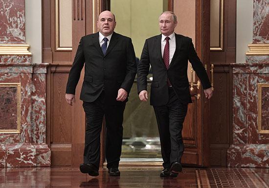 الرئيس بوتين ورئيس الوزراء ميشوستن