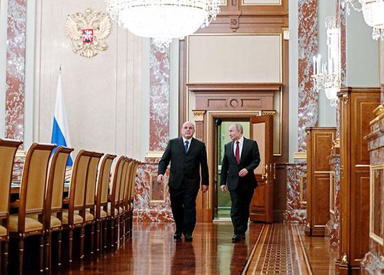 2020-01-21T175450Z_683287046_RC2HKE98FR1U_RTRMADP_3_RUSSIA-PUTIN-GOVERNMENT